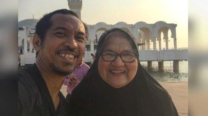 Ibu Ridho Slank Meninggal Dunia Karena Sakit, Dimakamkan Hari Rabu Sore Ini di Karawang