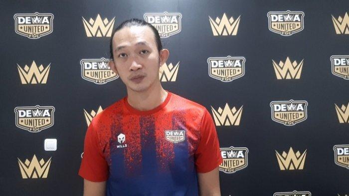 Mantan Kiper Persebaya Surabaya Rivky Mokodompit tak Malu Turun Kasta ke Liga 2