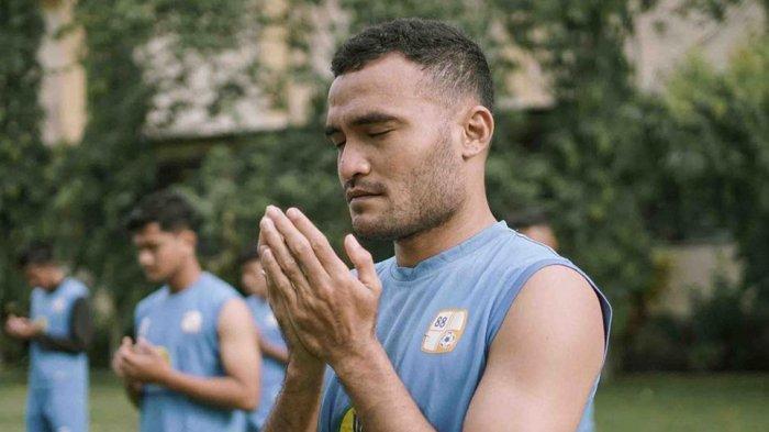 Kapten Tim PS Barito Putera Rizky Rizaldi Pora akan memimpin rekan-rekannya saat menghadapi Persija Jakarta di perempat final Piala Menpora