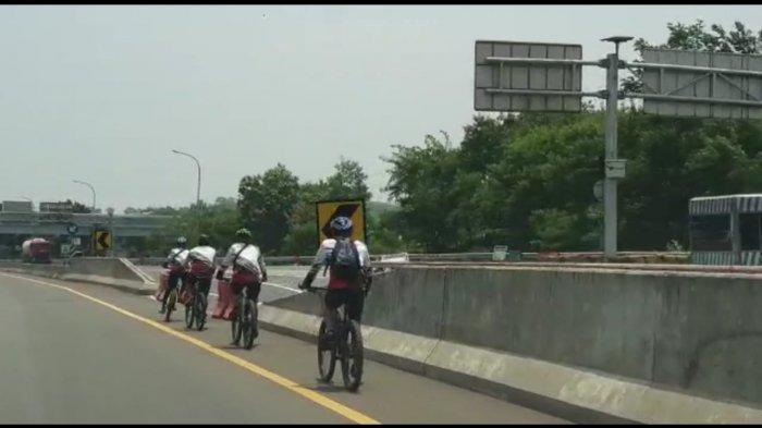 Diperiksa Polisi, Rombongan Pesepeda Viral Mengaku tidak Tahu yang Dilintasi adalah Jalan Tol