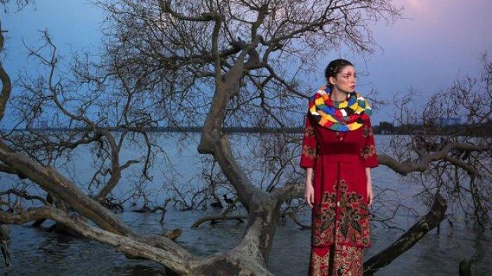 Ketika Bidikan Lensa Merekam Keindahan Alam dan Fesyen Indonesia