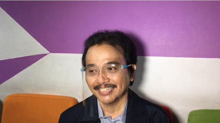 Roy Suryo di TransTV, Jalan Kapten Tendean, Mampang Prapatan, Jakarta Selatan, Senin (24/5/2021). Setelah itu Roy Suryo melaporkan Lucky Alamsyah ke Polda Metro Jaya.