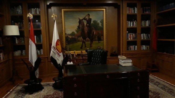 Ruang Kerja Prabowo Subianto di Hambalang, Mulai dari Buku Hingga Foto Soekarno dan Barack Obama