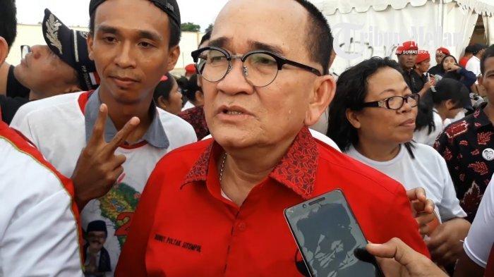 Ruhut Sitompul Sebut Ada Pihak yang Ketakutan Jika Jokowi Jabat Presiden Tiga Periode