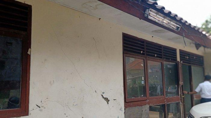 VIDEO: Kondisi Rumah Dinas Lurah Manggarai Selatan Rusak dan Terbengkalai