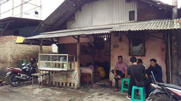 Seorang Penumpang Ojol yang Mau Merapikan Rumah Usai Banjir Jatuh Masuk Kolong Truk Tewas Terlindas