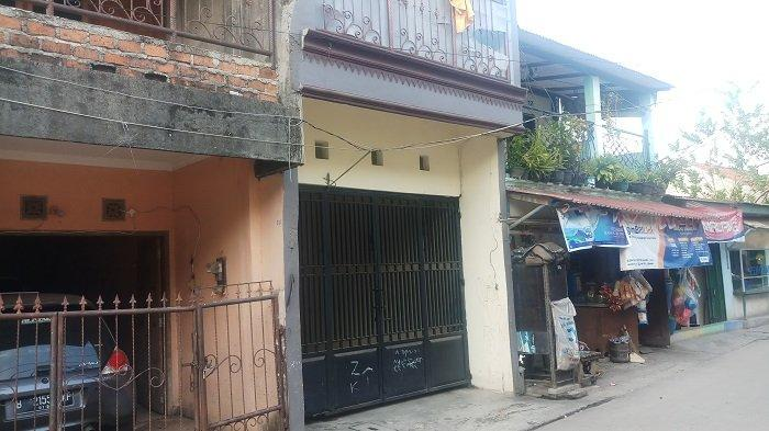 Warga Gang Keramat Jagakarsa Kaget Ada Warganya Terlibat Kecelakaan di Tol Cipali