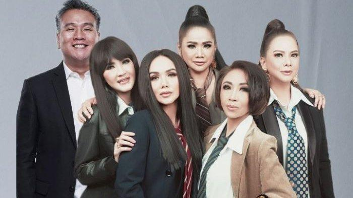 Lima personel grup vokal Rumpies yakni Vina Panduwinata, Ita Purnamasari, Memes, Yuni Shara dan Trie Utami, akan memperingati Hari Kartini melalui konser virtual yang digelar Rabu (21/4/2021) pukul 16.00 WIB.