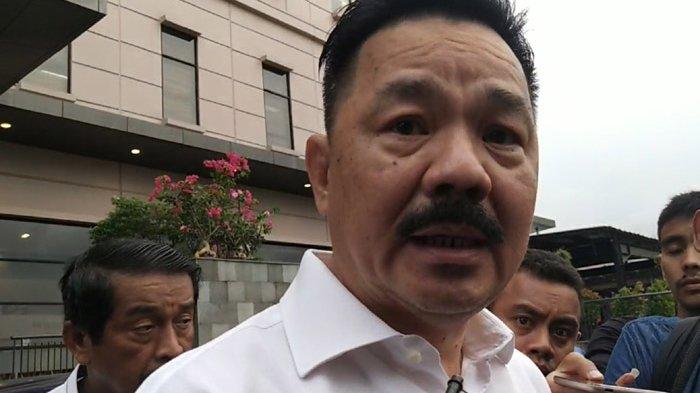 Bos Lion Air Menunduk dan Diam Saat Bertemu Keluarga Penumpang PK-LQP