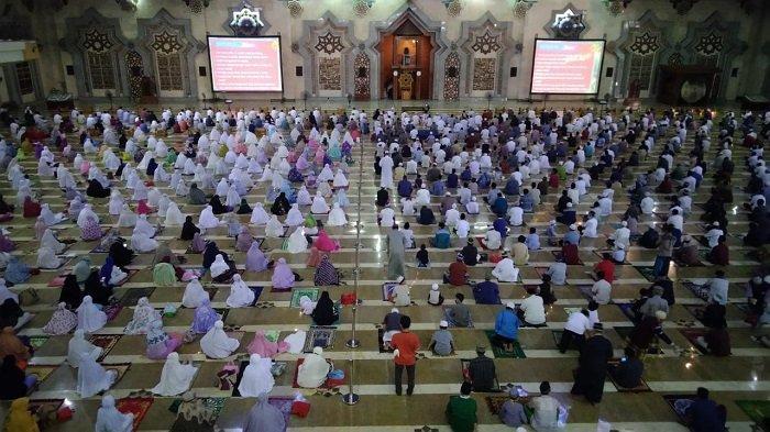 Salat Idul Adha di Masjid Raya Jakarta Islamic Centre, Jamaah Diajak Bangun Optimisme