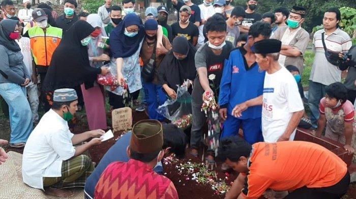 Sandi Tewas Tenggelam di Kali Ciliwung Lama, Petugas UPK Badan Air Sawah Besar Kehilangan Pahlawan