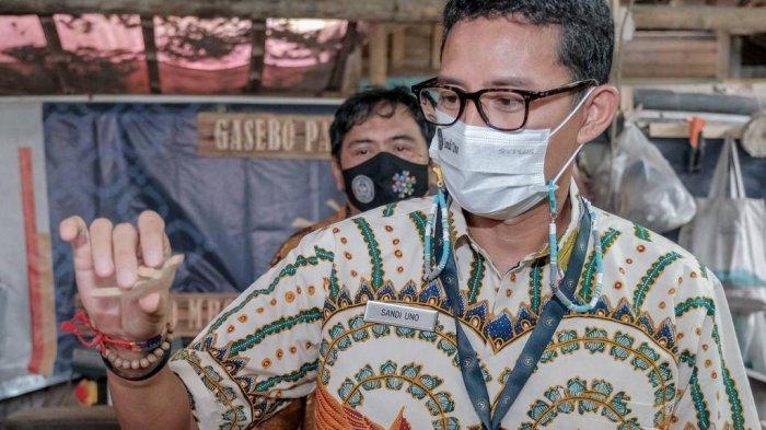 Sulap Limbah Kayu Jadi Beragam Kerajinan,Wanurejo Diusung Sandiaga Uno Sebagai Desa Penghasil Devisa