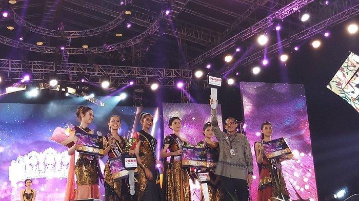 Sandiaga Rayakan Malam HUT Jakarta ke-491 di Jakarta Fair Kemayoran