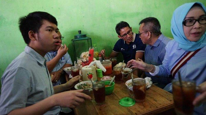 Makan Bakso di Kabupaten Semarang, Sandiaga Uno Dapat Korting