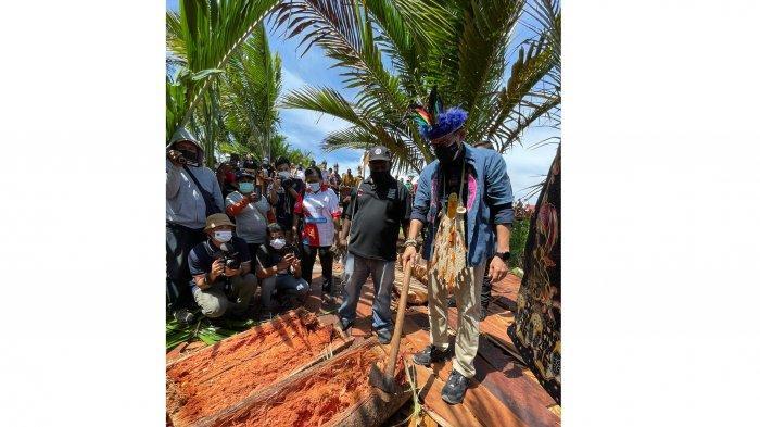 Sandiaga Uno Disebut Sebagai Menteri Pertama yang Kunjungi Kampung Yoboi Papua