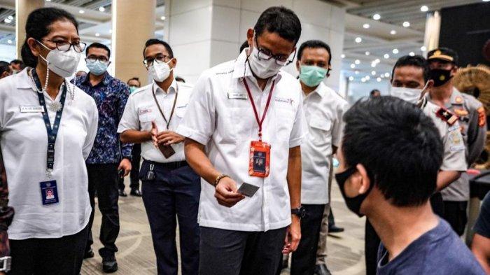 Jelang Pembukaan Pariwisata Bali, Sandiaga Uno: 5.000 Pegawai Bandara I Gusti Ngurah Rai Divaksin
