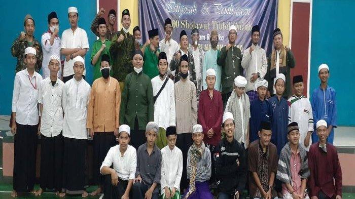 Ribuan Santri GP Ansor Depok Serentak Doakan Pradi-Afifah Jadi Pemimpin di Kota Depok