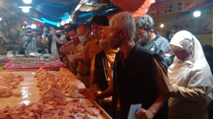 Jelang Natal dan Tahun Baru 2021, Satgas Pangan Kabupaten Karawang Sidak ke Pasar Tradisional