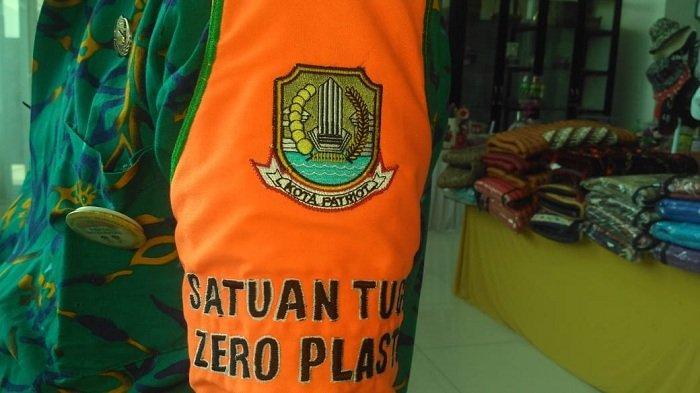 Di Bekasi Sekarang Ada Satgas Zero Plastik, Tugasnya Menekan Pemakaian Plastik Lewat Razia Rutin