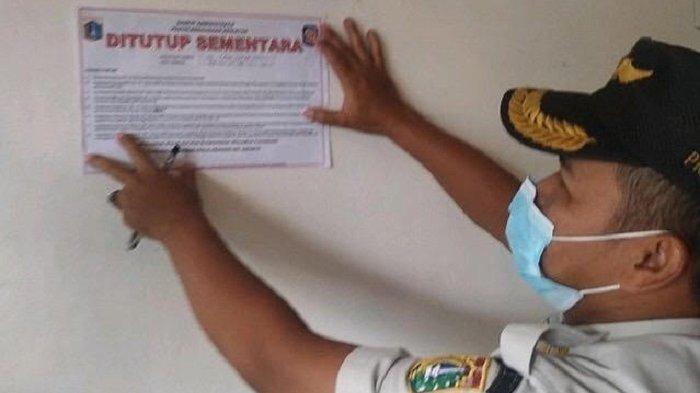 Satpol PP Jakarta Pusat Segel Bar City Icon Sawah Besar karena Melanggar PPKM Mikro