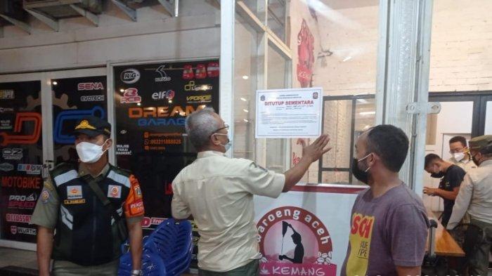 Langgar Jam Operasional PPKM Level 3, Satpol PP Jakarta Selatan Segel Lima Tempat Usaha Pariwisata