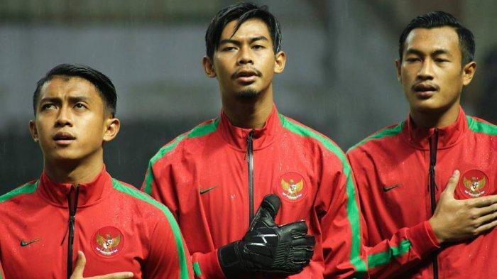 Satria Tama (tengah) saat membela timnas U-23 diajang SEA Games Kuala Lumpur tahun 2017