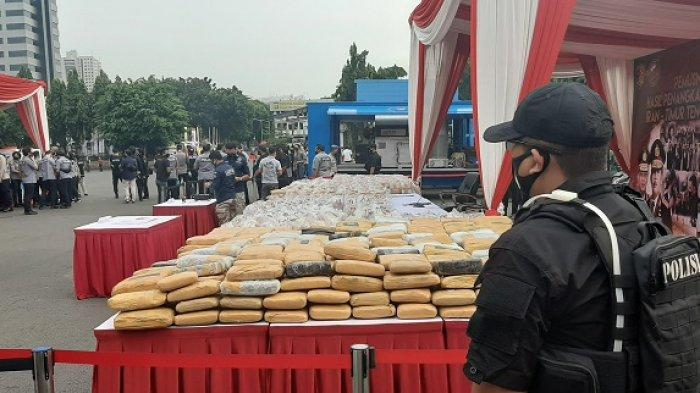 1 Ton Sabu dan Ratusan Kilogram Ganja Bakal Dimusnahkan di Lapangan Polda Metro Jaya