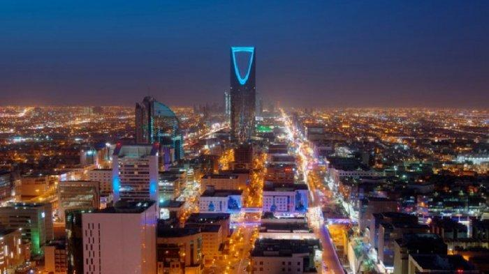 INI Lima Kebijakan Arab Saudi Hadapi Era Non Minyak, Mengapa Turis Tanpa Surat Nikah Boleh Sekamar?