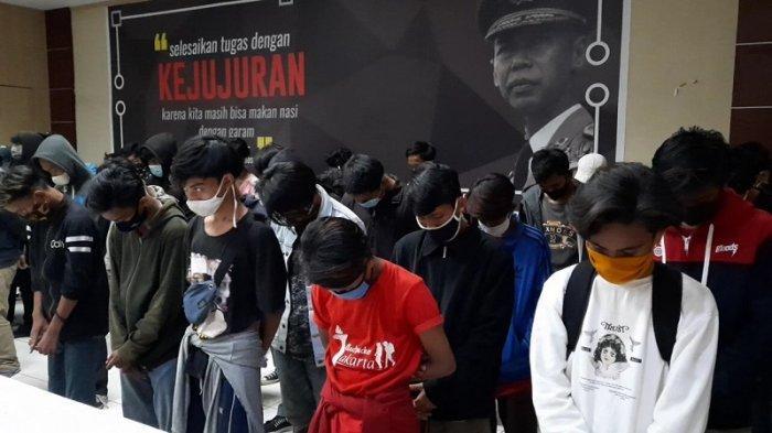 Tak Ditemukan Unsur Pidana, Polisi Kembalikan 116 Pelajar yang Diamankan saat Demo Buruh di Bekasi