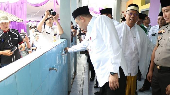 Bupati Zaki Teruskan Program Unggulan Sanitasi Berbasis Pondok Pesantren, Bangun 150 Sanitren Salafi