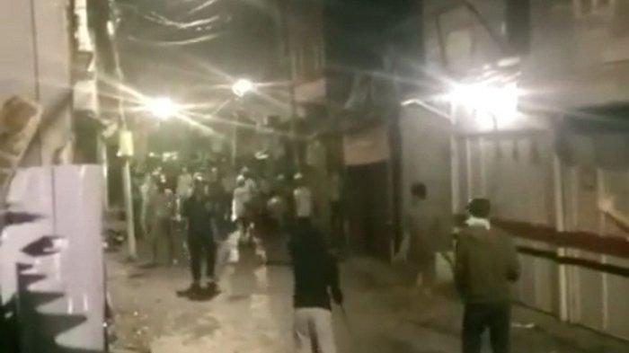 VIRAL Video Sejumlah Bocah di Palmerah Sibuk Tawuran di Tengah Wabah Virus Corona, Dikecam Netizen