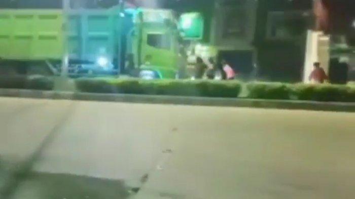Konten Video Berujung Bencana,Seorang Bocah Tewas Terlindas Setelah Gagal Hentikan Truk di Pamulang