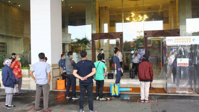 VIDEO: Hotel Grand Cempaka Jadi Tempat Istirahat Tim Medis DKI Penanganan Covid-19
