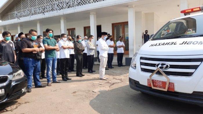 Prosesi penyalatan jenazah Sekda DKI Jakarta Saefullah dilakukan secara protokol Covid-19, Rabu (16/9/2020)