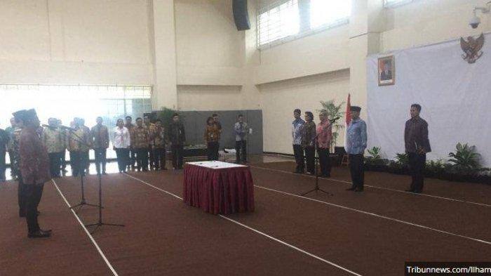 Agus Rahardjo Lantik Sekjen dan Direktur Penuntutan KPK, Hanya Saut Situmorang yang Tidak Hadir