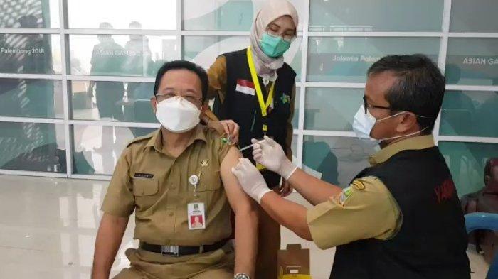 Vaksinasi Tahap Kedua Kabupaten Bekasi Digelar, 2.246 Petugas Pelayanan Publik Jalani Vaksinasi