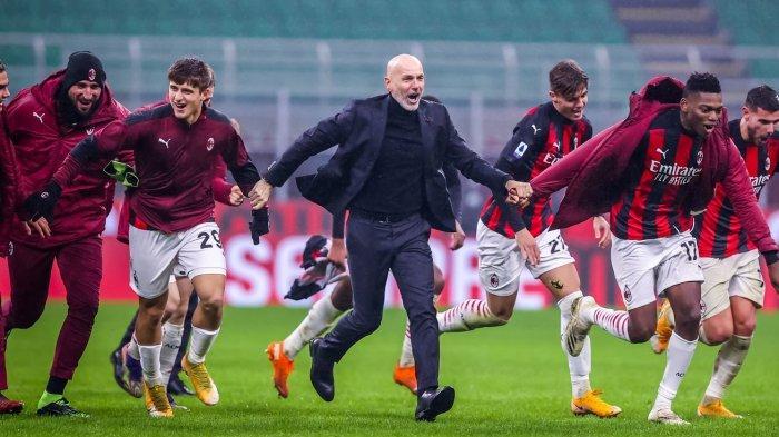 Stefano Pioli Membantah AC Milan Terbebani Target Harus Juara Serie A
