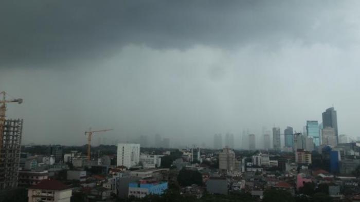 UPDATE Prakiraan Cuaca Minggu 4 April 2021, BMKG Keluarkan Peringatan Dini Potensi Hujan Petir