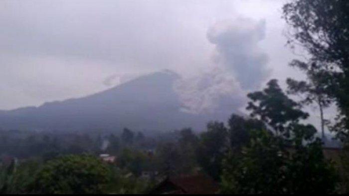 Gunung Semeru Erupsi Lagi, Guguran Awan Panas Meluncur Hingga Jarak 4,5 Kilometer