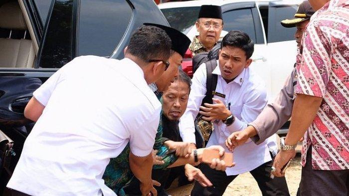 Kuasa Hukum Sebut Abu Rara Tak Sengaja Tikam Wiranto, tapi Kebetulan Saja Ada Pejabat di Situ
