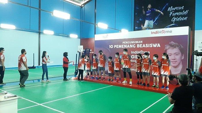Kondisi Masih Serba Sulit, Justru Gideon Badminton Academy Disponsori oleh IndiHome Selama 1 Tahun