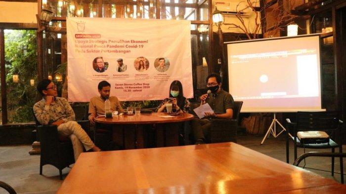 Serikat Mahasiswa untuk Indonesia (Srikandi) UGM menggelar diskusi bertajuk