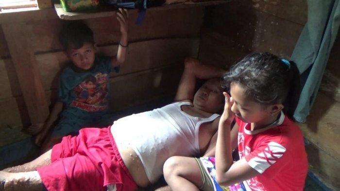 Bocah Belia Hidupi Ayah yang Sakit dan Adiknya, Ibunya Menghilang Sejak Serlli kelas 1 SD