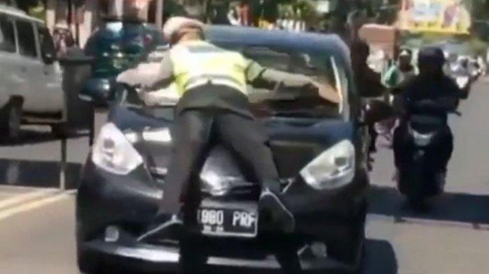 Kronologi Kasus Pengemudi Mobil Nekat Pilih Kabur dan Menabrak Polisi yang Menghentikan Mobilnya