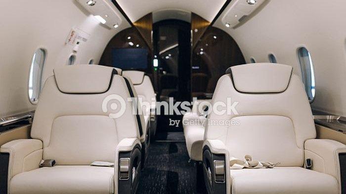 Hal Apa Saja yang Membuat Harga Tiket Pesawat First Class Sangat Mahal