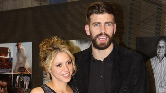 Jeda Tur, Shakira dan Gerard Pique Sempatkan Berkencan