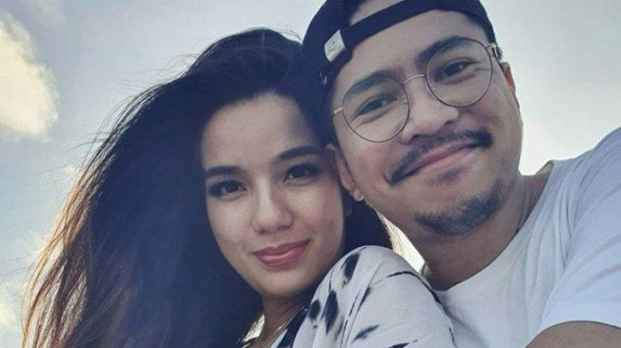 Sheila Marcia Joseph diketahui menikah bersama Dimas Akira yang dikenal sebagai produser musik dan disc jockey.