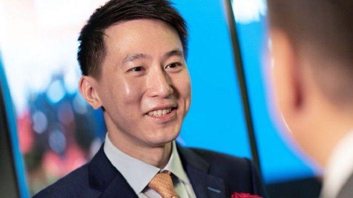 KENAPA TIKTOK Bajak Bekas Bos Xiaomi Shou Zi Chew Jadi CEO, WN Singapura Ini Siap Hadapi AS?