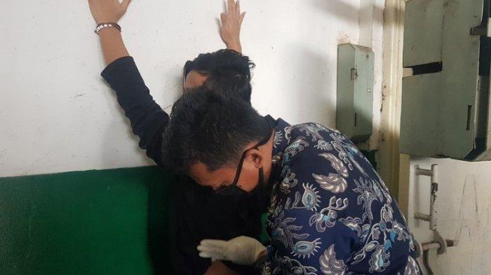 Kamar Hunian di Lapas Khusus Kelas IIA Gunung Sindur Digeledah, Petugas Temukan Pisau hingga Obeng
