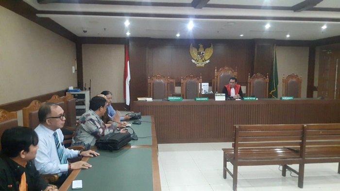 Majelis Hakim Sakit, Sidang Lanjutan Class Action Banjir Jakarta 2020 Ditunda